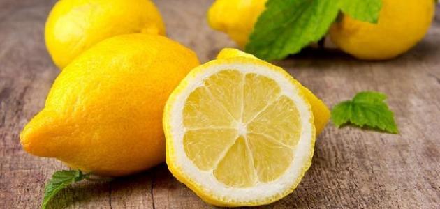 من اهم فوائد الليمون التخلص من دوالي الساقين