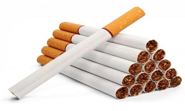 التدخين يسبب الكحة المزمنة