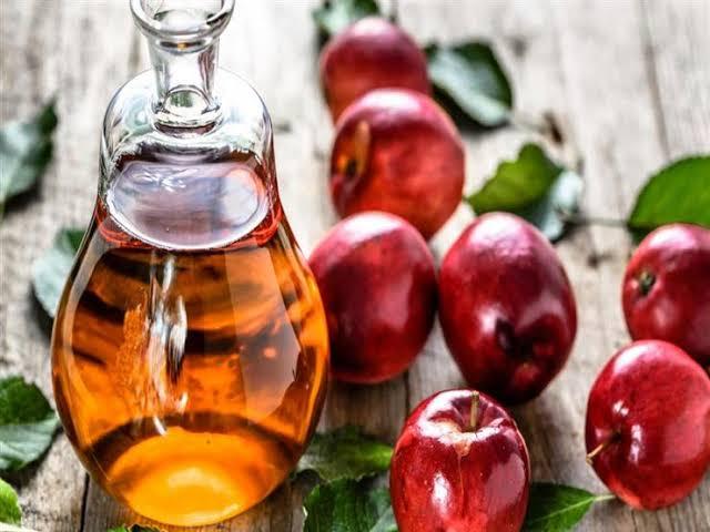 علاج الكيس الدهني بخل التفاح