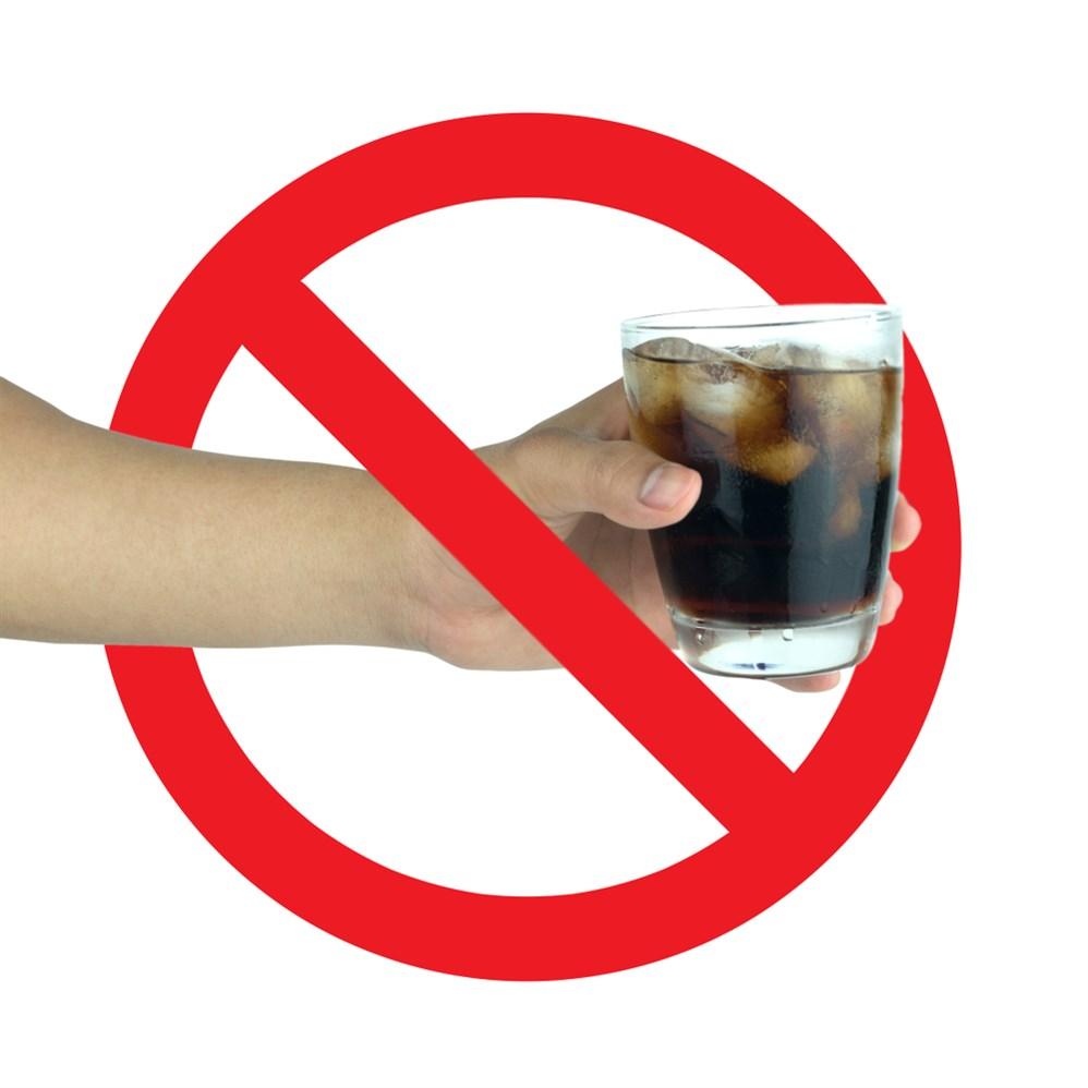 مخاطر واضرار المشروبات الغازية