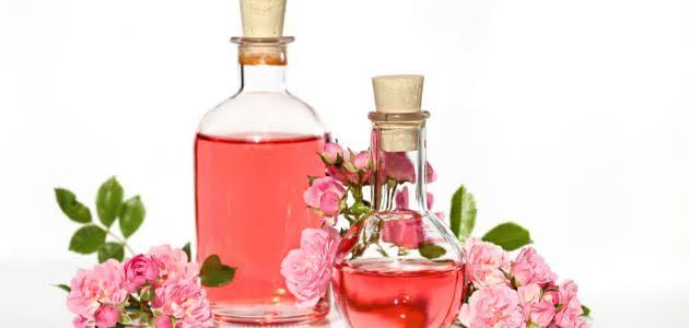 فوائد شرب ماء الورد للجسم