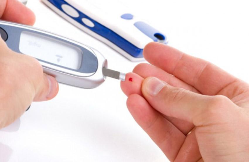 اعراض ارتفاع السكر المفاجيء وطرق التشخيص